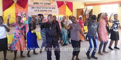 5 days Parish Youth Leadership Camp begins at Same Diocese
